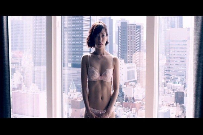 桜井ユキの下着姿