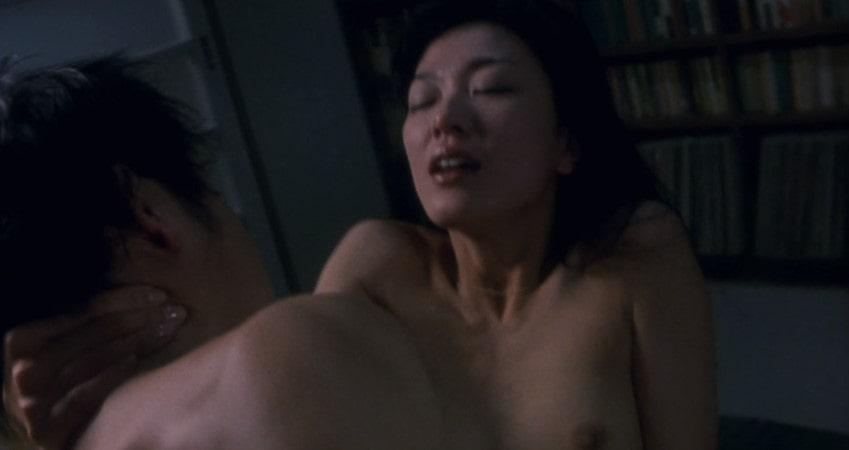 不倫相手とセックスをする板谷由夏