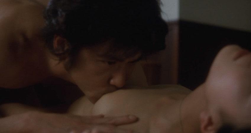 村上淳に乳首を舐められる板谷由夏