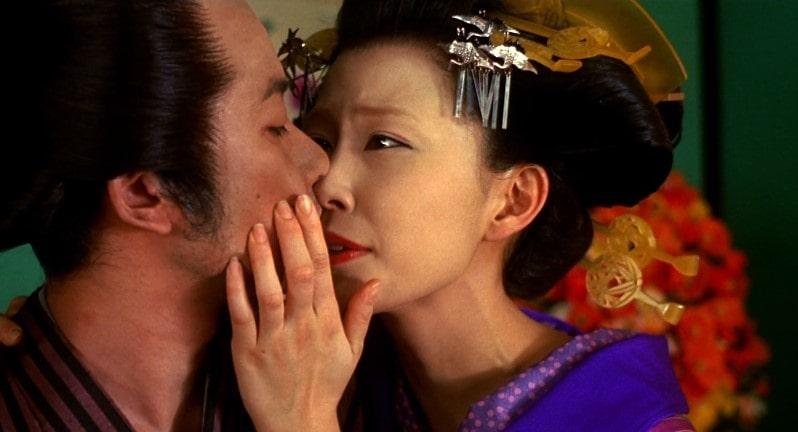 キスをする木村佳乃