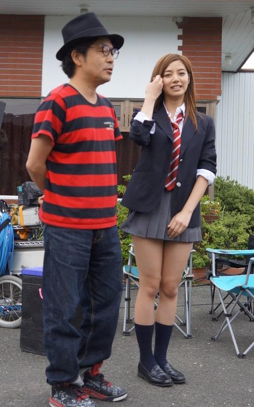 池田エライザの制服姿